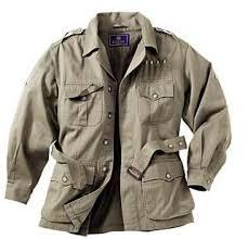 Legyen a szekrényben katonai kabát